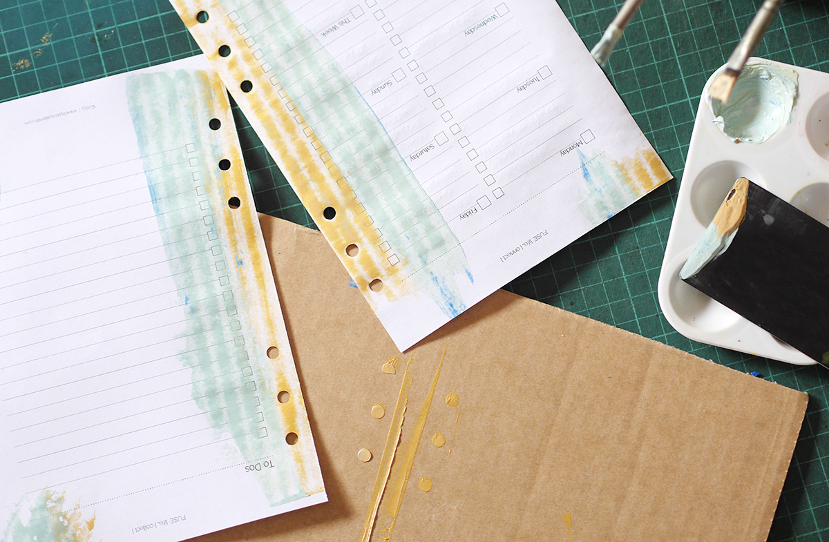 How to paint planner pages at byjacquiesmith.com > Get started with free digi planner + craft supplies!